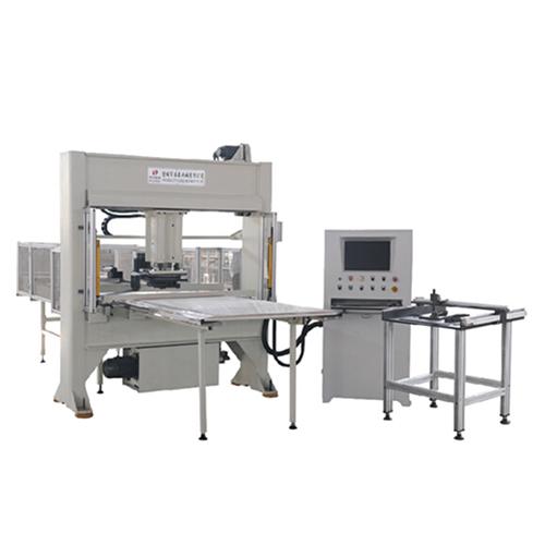 自动排版卷状材料移动头式下料机